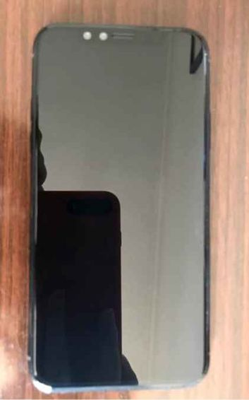 Это реальный iPhone 8 или муляж?