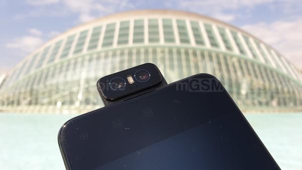 Asus Zenfone 6 means freedom of photography and a large battery