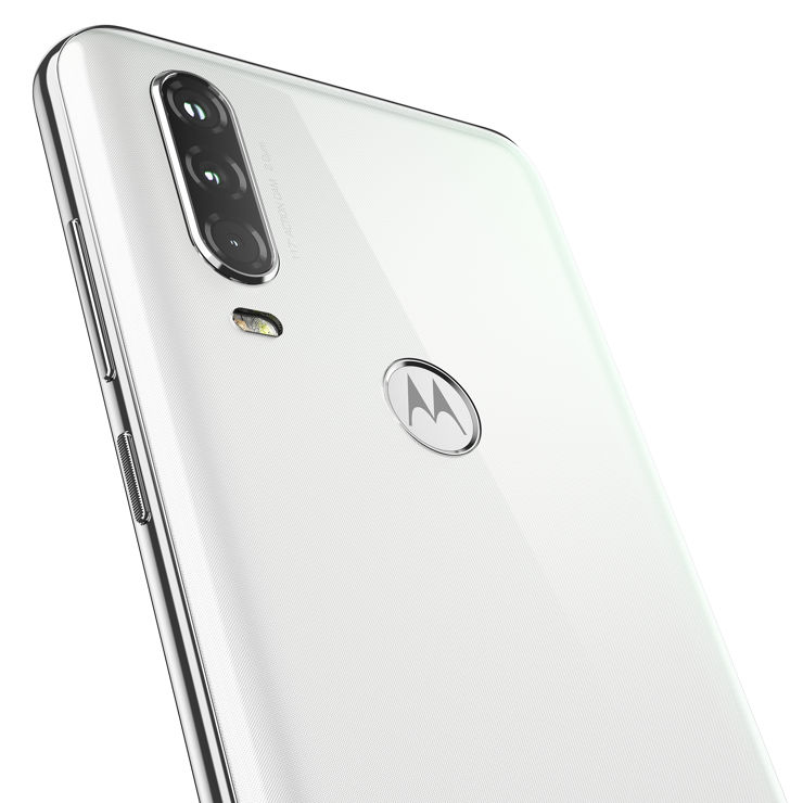 Motorola One Action presented officially