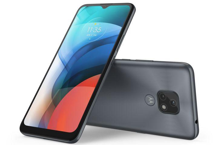 Motorola Moto E7 - medium phone with a triangle camera