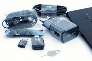 Caja de embalaje y equipamiento de serie