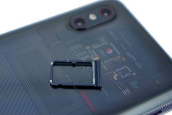 Schublade für nanoSIM-Karten