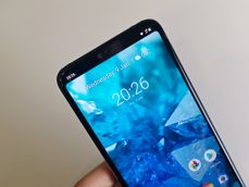 Nokia 7.1 allows to hide the notch